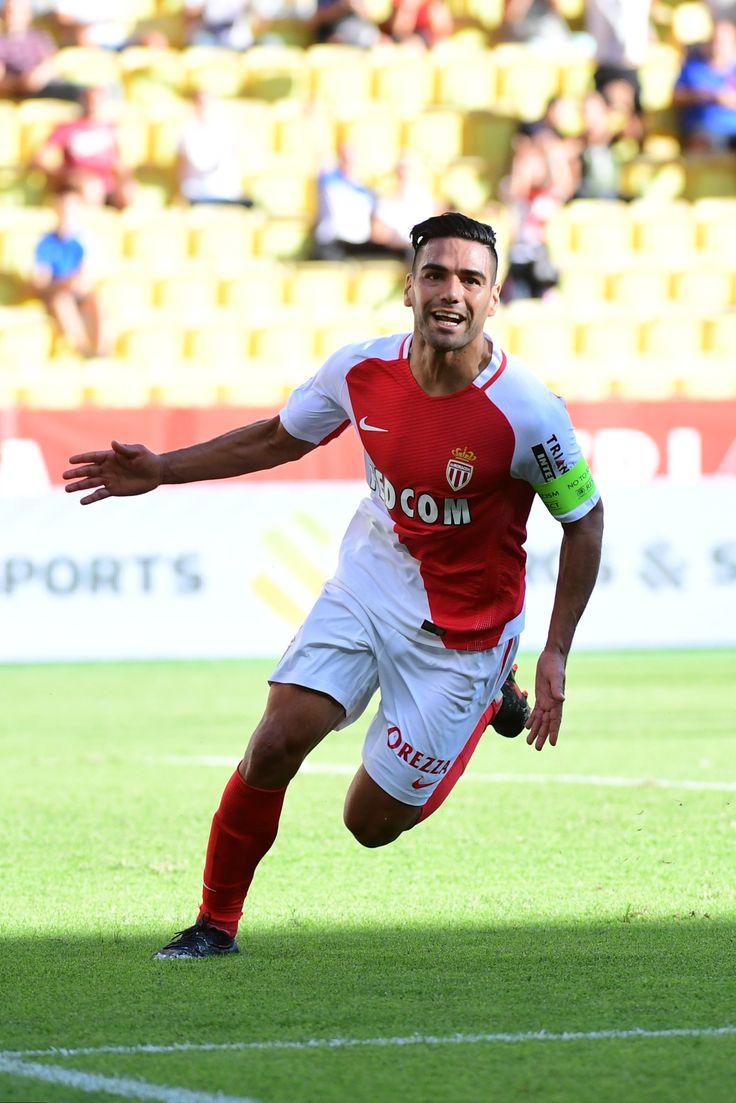 """El """"Tigre"""" Radamel Falcao a favor del AS Monaco."""