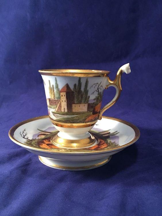 Šálek na kávu * bílý zlacený porcelán s malovaným obrázkem hradu ♥