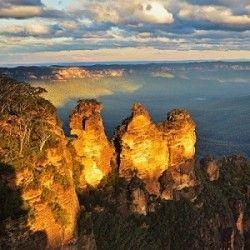Blue Mountains Adventure with Jenolan Caves Tour