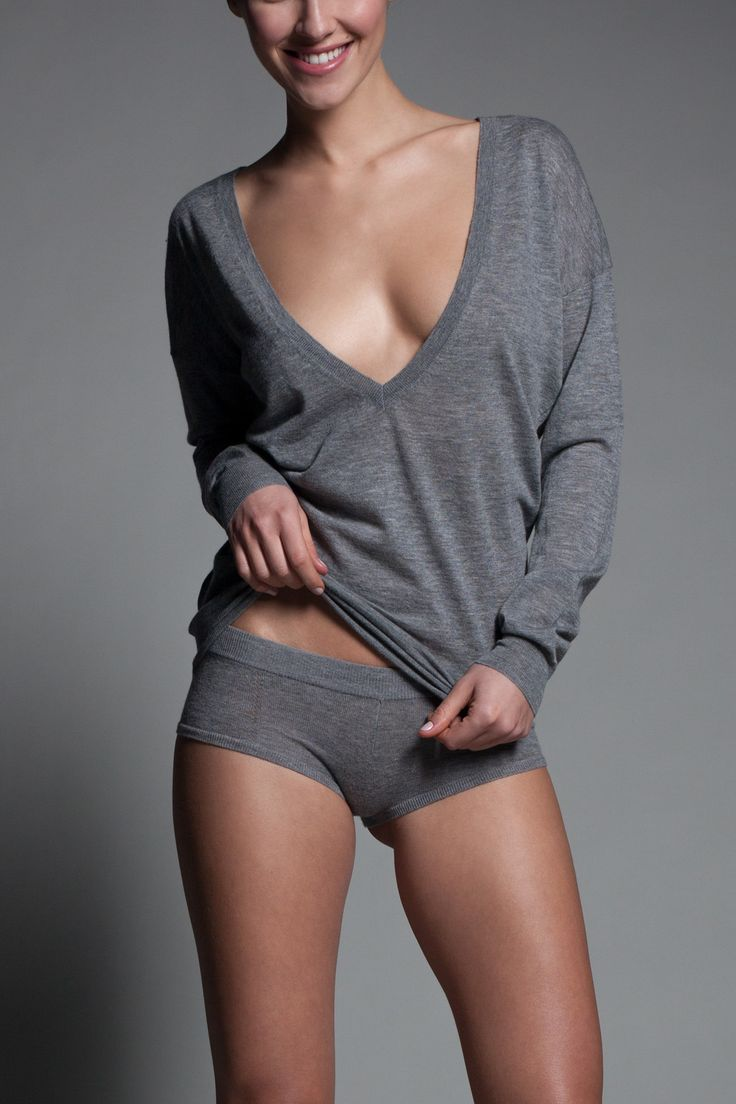 Kiki de Montparnasse - Luxe Boyfriend sweater and boy shorts, Cashmere