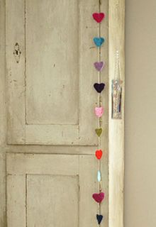 Hartjesslinger voor de #kinderkamer | Heart #garland #DIY