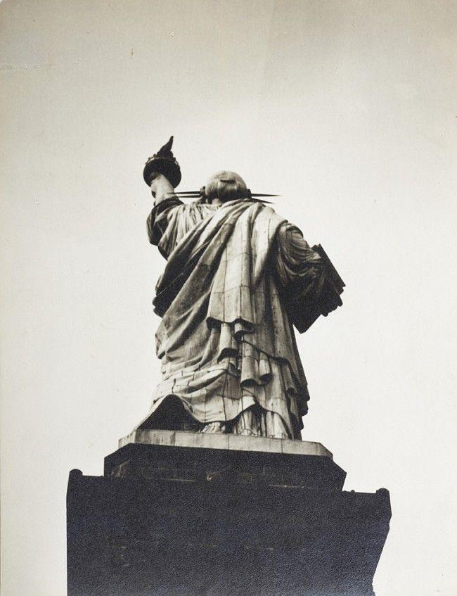 Berenice Abbott - Statue of Liberty (1932)