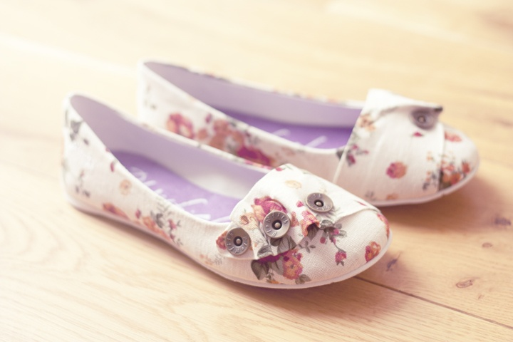 Blowfish: Boards Categori, Myles Style, Girly Side, Favorite Branding, Fashion Y Doo Dads, Shoes Woo, Blowfish Floral, Floral Flats
