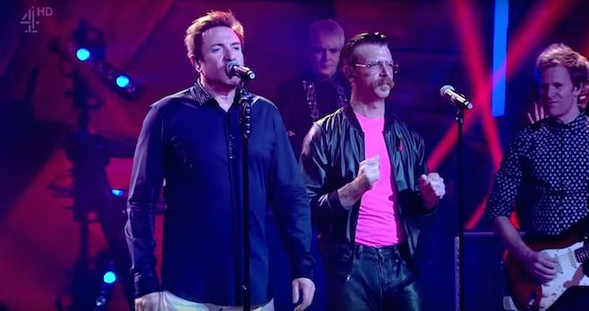 Duran Duran y la banda Eagles of Death Metal tocaron juntos en TV
