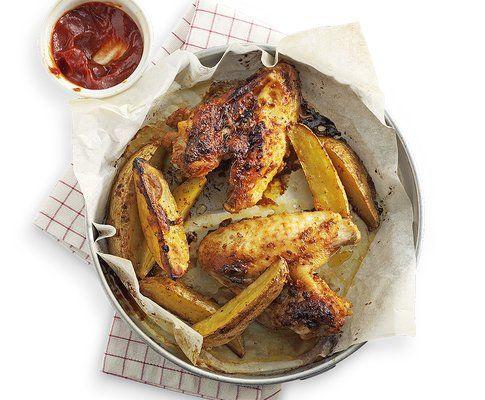 Ali di pollo con patate arrosto