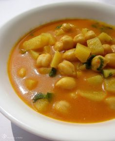 Bramborovo - cizrnová polévka
