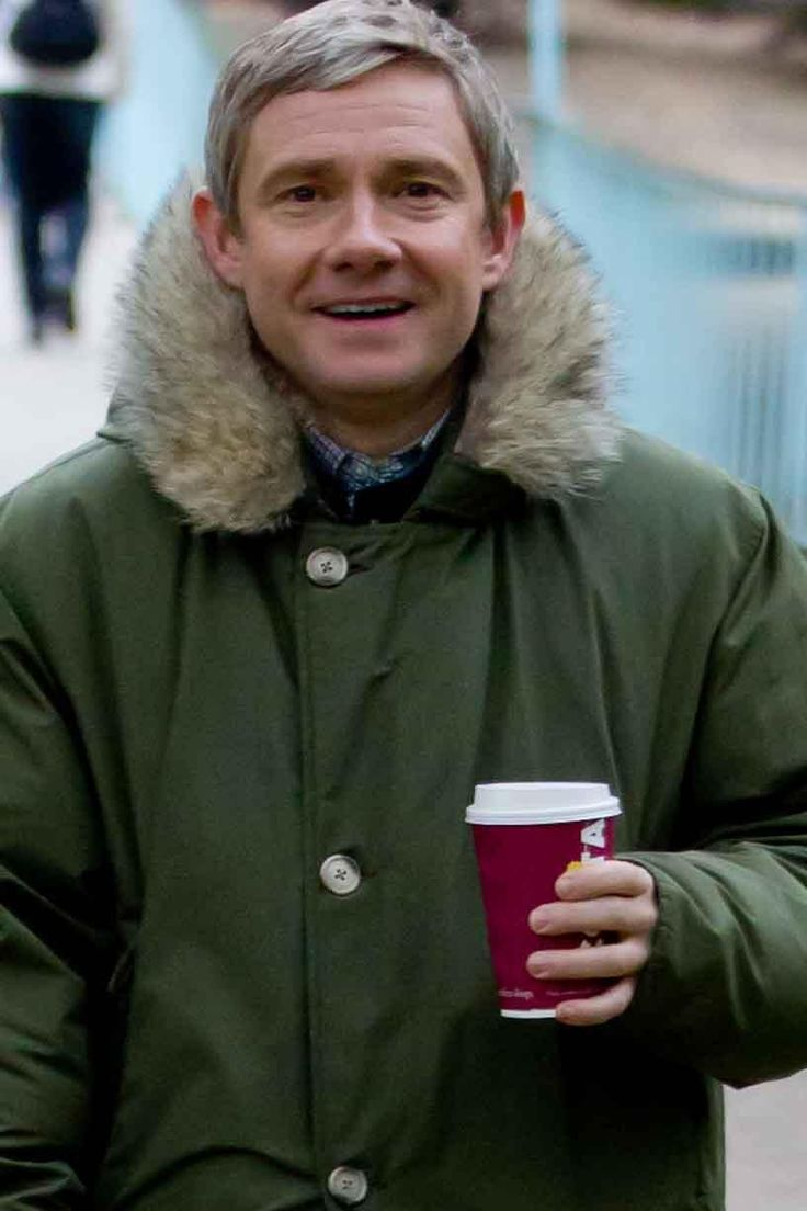 """Twitter / waynehowes: I'll just tweet the duff one. Martin Freeman leaving sherlock shooting"" Martin and his smile! :D"