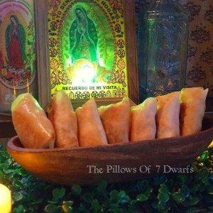 7人の小人のカスタード•ピロウ The Pillows of 7 Dwarfs