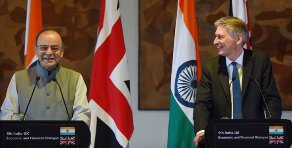BREXIT BOOST: Philip Hammond flies flag for British firms in UK-India trade deal talks - https://newsexplored.co.uk/brexit-boost-philip-hammond-flies-flag-for-british-firms-in-uk-india-trade-deal-talks/
