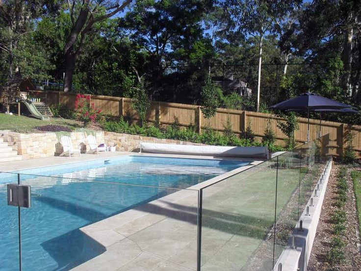 Travertine Pool in Killara, NSW.