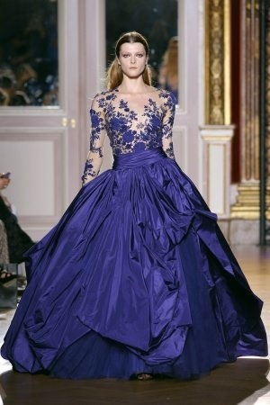 Stunning dress and a perfect match for a Royal Ball!