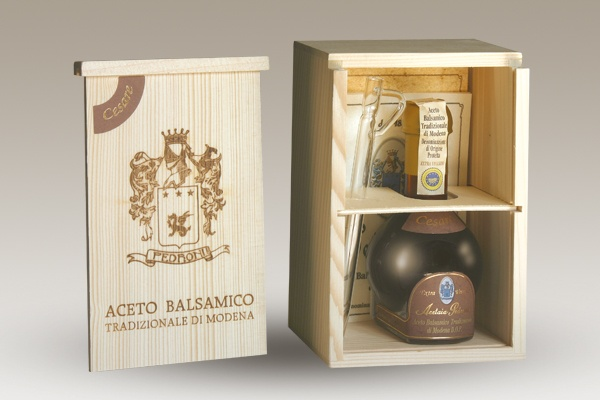 """Acetaia Pedroni: """"Cesare"""", the best Traditional balsamic vinegar in Modena (Italy) - Buy online"""