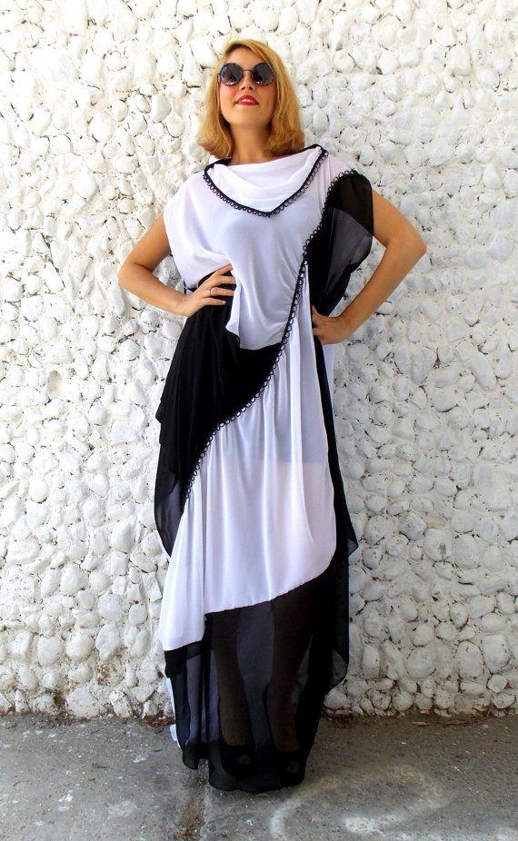 Asymmetrische zwart witte Chiffon jurk / Maxi Plus Size door Teyxo