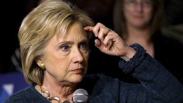 EE.UU.: El correo personal de Hillary Clinton contenía 22 emails con información 'top secret' - RT