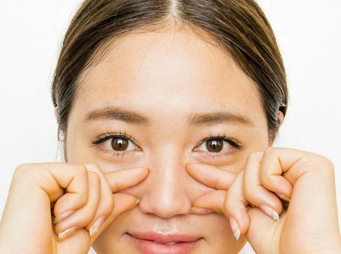 顔のたるみやむくみを手っ取り早く解消したい! そんな時には、マッサージがおすすめ。正しく行えば、短時間でリフトアップの効果が期待できます。おすすめのマッサージをご紹介します。