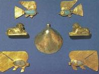 Amuletos protección. Arte egipcio. Los peces protegen a los niños del ahogamiento