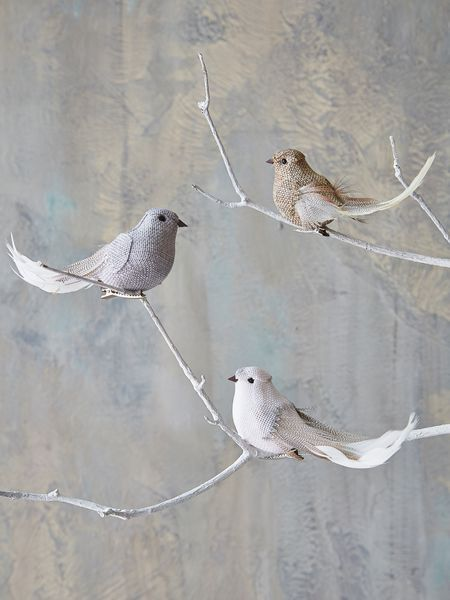 An adorable way to decorate your tree this Christmas, our feather and fabric birds are beautifully observed and wonderfully whimsical.
