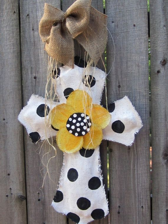 Polka dot cross burlap door hangerCross Door Hangers, Burlap Door Hangers, Polka Dots, Doors Decor, Black And White, Burlap Crosses, Projects Ideas, Crosses Burlap, Burlap Doors Hangers