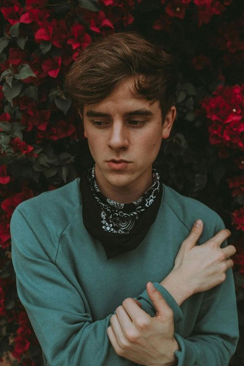Connor Franta has become a big rolemodel for girls, boys and the whole LGBTQ Community