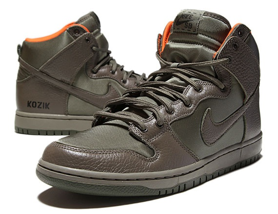 pretty nice 9b992 195bc Frank Kozik x Nike SB Dunk High Premium QS - New Images - SneakerNews.com