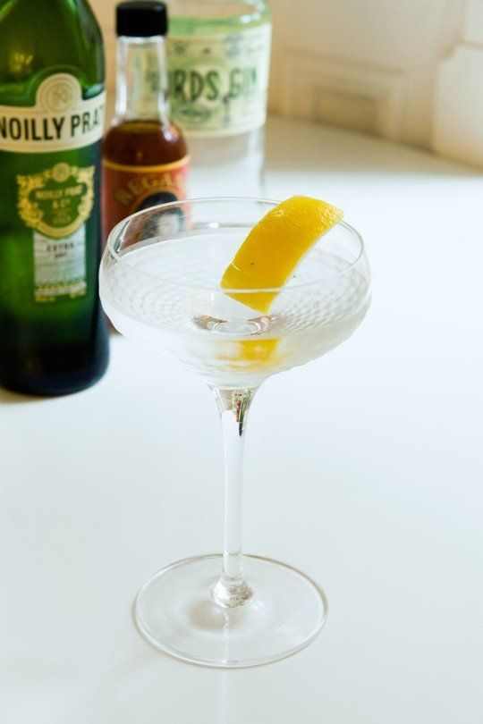 The 9-Bottle Bar Recipe: The Dry Martini — Drink Recipes from The Kitchn