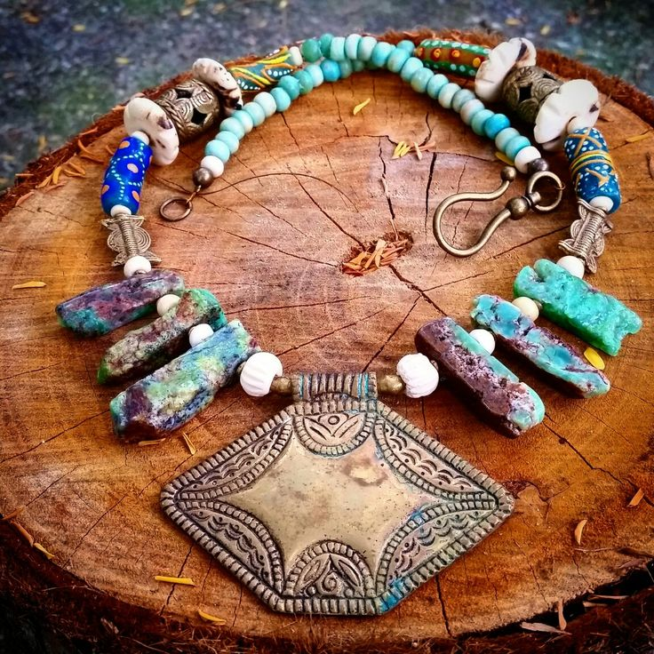 Angels Unisex Jewellery - a vintage african/tribal necklace with chrysophrase and african trade beads