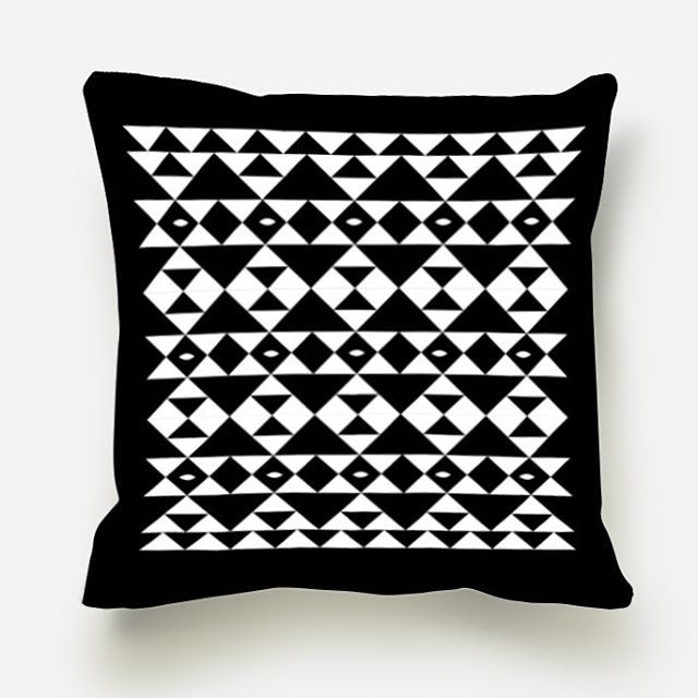 Our new black and white pillow cover is now available online #blackandwhite #decoration #pillows #monochrome #graphic #loveblack #accent #homedecor #sofapillow #design #art #gingerlovedesign #coushion