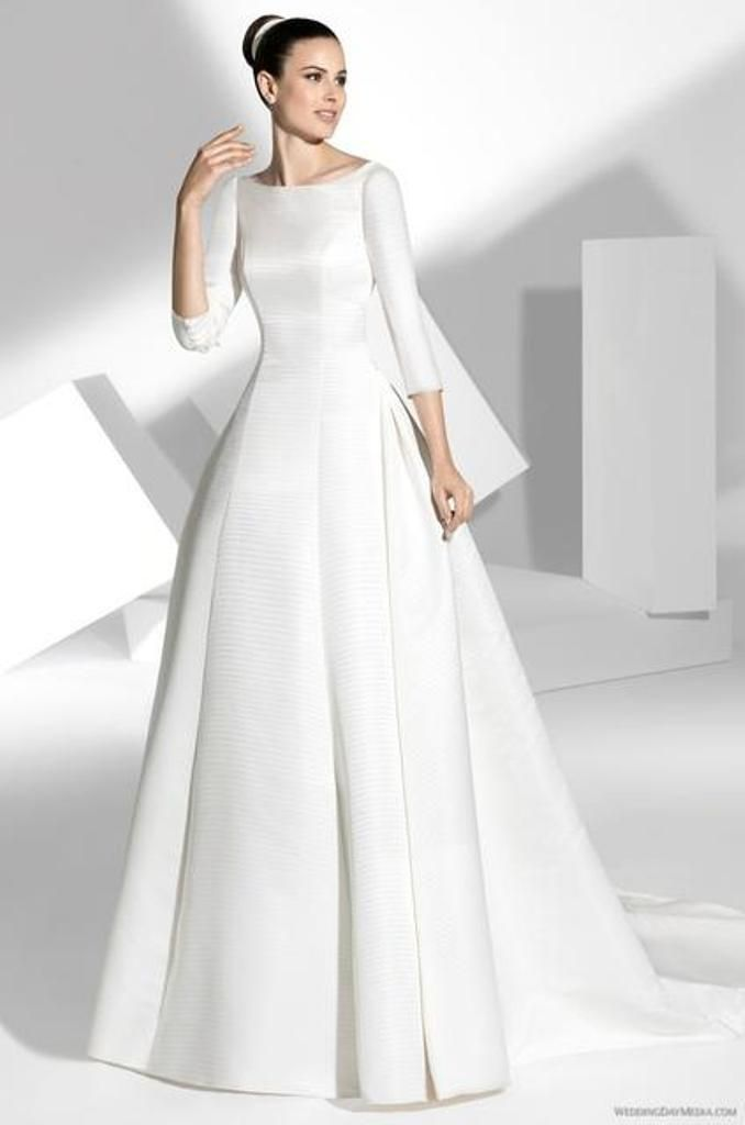 Clean cut minimalistic modern wedding dress.