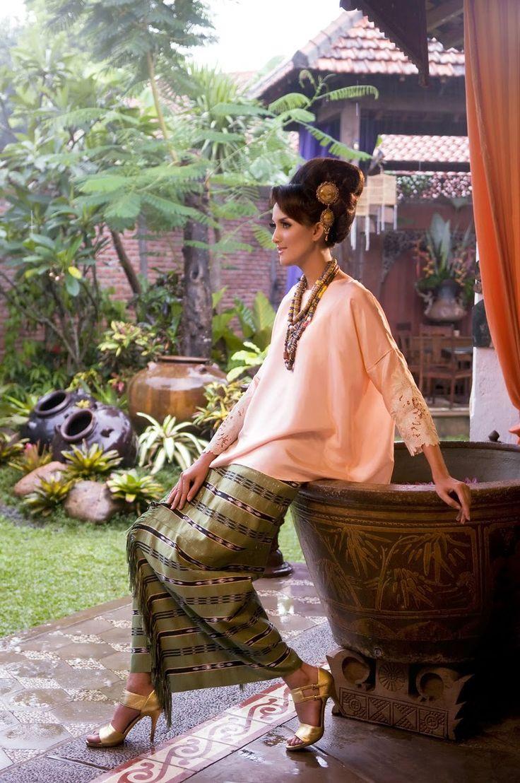 an Eye Notes: Perkawinan Magz (Contributor) - Fashion Spread - Dec 2009