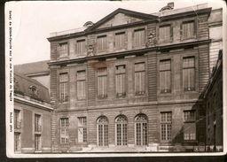 k2. France Paris Hotel de ROHAN facade sur la rue Vieille du Temple - Bulloz phot - unposted real photo postcard | For sale on Delcampe