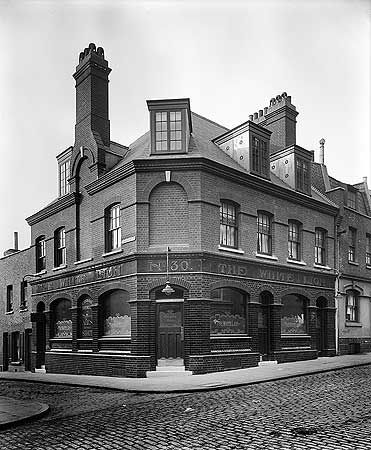 18 Oct 1912 The White Lion, 30 Old Gravel Lane, Wapping, Greater London Authority