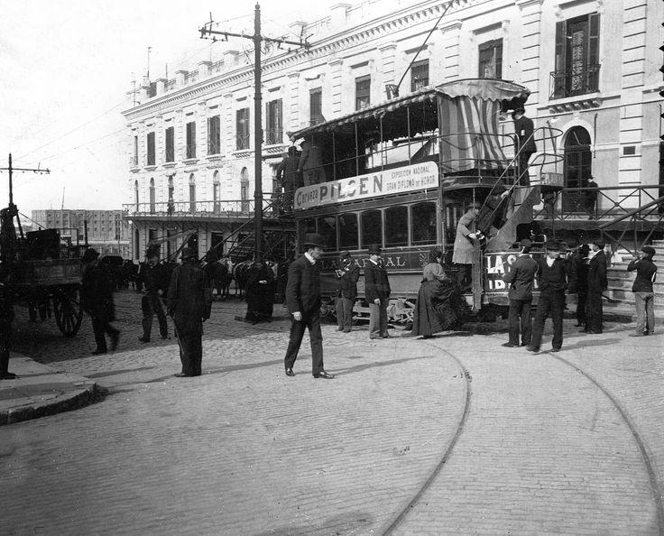 Buenos Aires Plaza de Mayo, c.1900