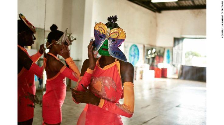"""In """"Las Comparsas de Cuba,"""" fashion photographer Salvatore di Gregorio's intimate portraits show another side of Cuba's carnival dancers. Here, teenaged dancers prepare for a dress rehearsal at La Casa de la Musica in the city of Matanzas."""