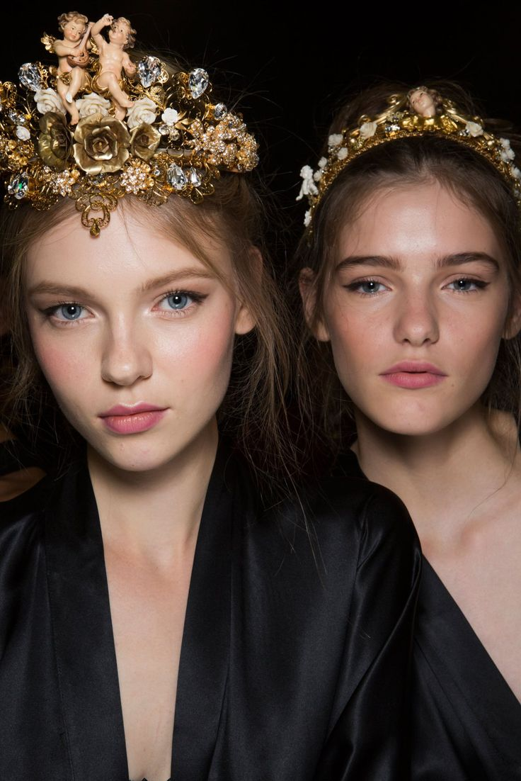 Dolce-and-Gabanna-backstage-beauty-spring-2016