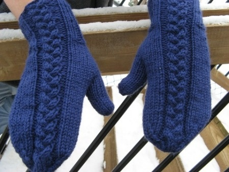 Free Knitted Mitten Patterns : Plait Cable mittens- free pattern Knitting Pinterest