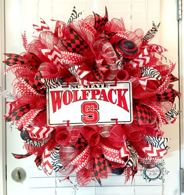 Deco Mesh North Carolina State University Wreath - NCSU Wolfpack - NCSU Decor - NC State Decor - Collegiate Wreaths by WreathsEtcbyLisa on Etsy