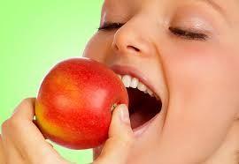 Risultati immagini per mangiare sano immagini