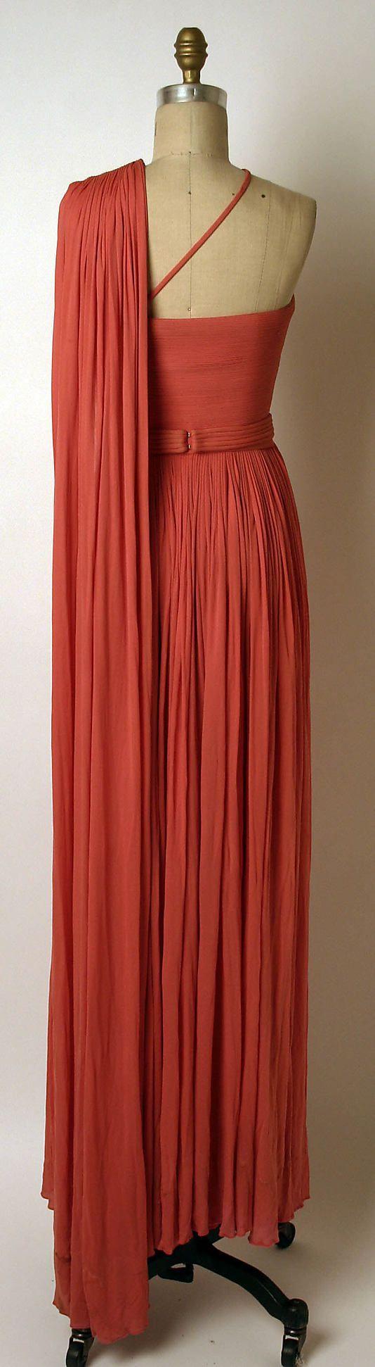 Dress Madame Grès (Alix Barton)  (French, Paris 1903–1993 Var region)   Date: ca. 1967 Culture: French Medium: a,b) silk. Back
