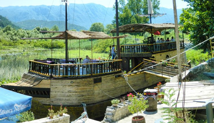 National Park, Lake Skadar, Silitria Boat Restaurant, Virpazar, Montenegro, Nikon Coolpix L310, 8.4mm, 1/500s, ISO80, f/3.6, panorama mode: segment 2, HDR-Art photography, 201607091402