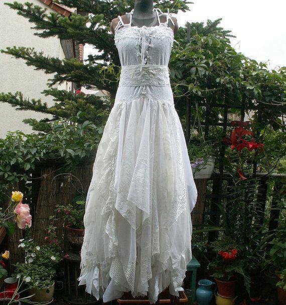 Best 25 romantic dresses ideas on pinterest romantic for Fairy inspired wedding dresses