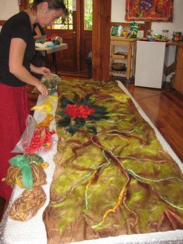 laying felt fibres