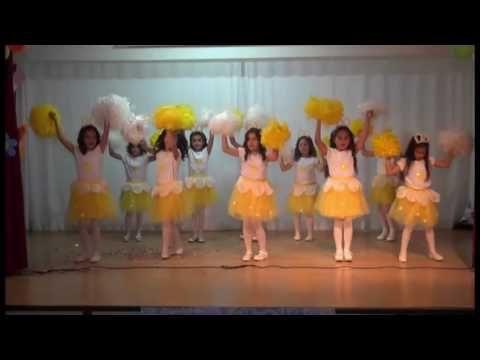OKUMA BAYRAMI DANS GÖSTERİMİZ 1. SINIF ''TOCA TOCA'' - YouTube