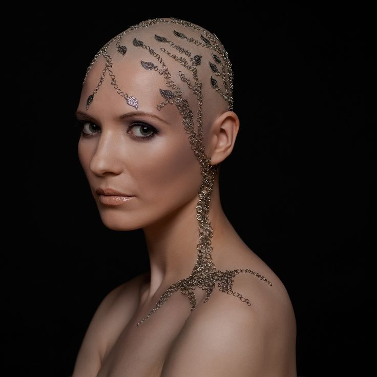 Wondrous 1000 Images About Bald Women On Pinterest Rocker Chic Makeup Hairstyle Inspiration Daily Dogsangcom