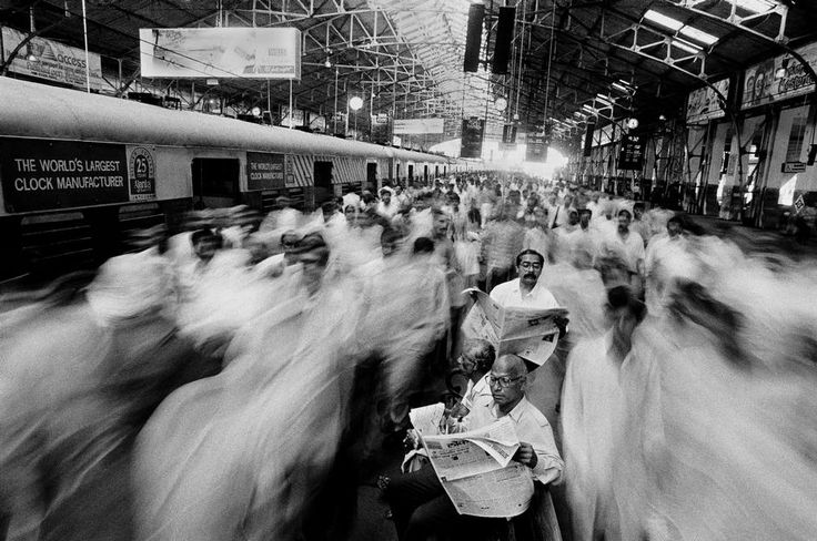 Raghu rai local commuters at church gate railway station mumbai 1995 film photographydocumentary photographystreet