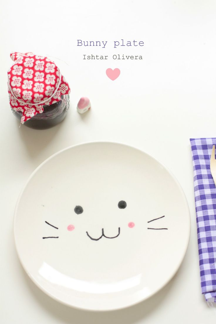 Decorate a plate for or with your child! It's so easy and fun! #diy #bunny #ceramic #marker #baby #plate #easy