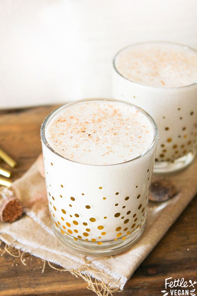 Tired of sippin' on boring, thick eggnog? Try our #VEGAN Brandy Alexander's for the #Holidays, instead! They're lighter, creamier + perfect for drinking while dealing with the in-laws.