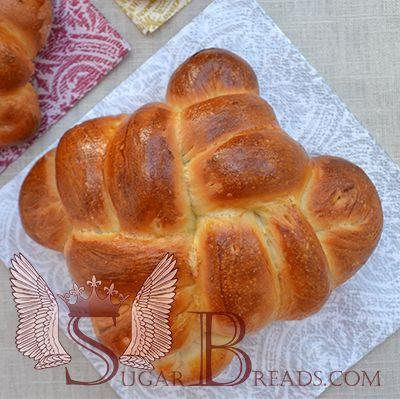 Πασχαλινά τσουρέκια | Sugar & Breads in Greece