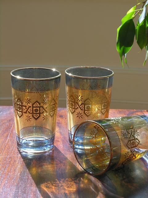Set of six tea glasses with a shaded blue pattern. http://www.maroque.co.uk/showitem.aspx?id=ENT01419&s=50-30-033