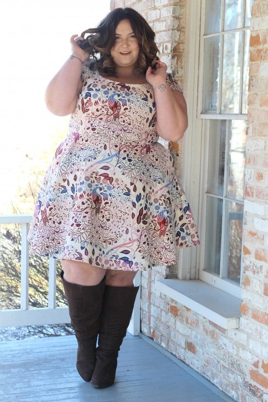 Custom Plus Size Dress From Eshakti.com // Fatgirlflow.com