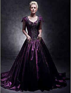 TS Couture® Formal Evening / Quinceanera / Sweet 16 Dress - Grape Plus Sizes / Petite Ball Gown / A-line / Princess V-neck Court Train Taffeta